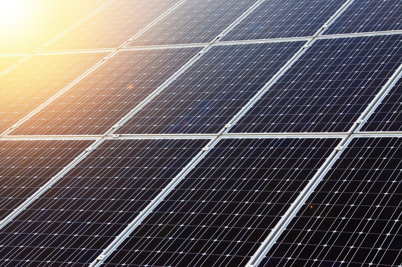 Examinamos la instalación fotovoltaica en España y también Europa